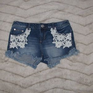 Women's Mossimo Jean Short Size 9 with Lace
